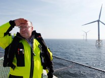 Peter Altmaier besucht Windpark Alpha Ventus