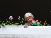 Frankreich fuehrt teilweise Rente mit 60 Jahren ein