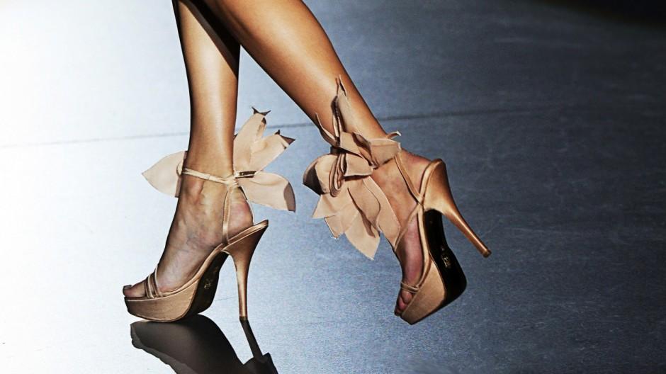 Schuhe, Füße, Mädchen Operationen für Highheels