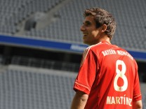 FC Bayern München - Vorstellung Javier Martinez