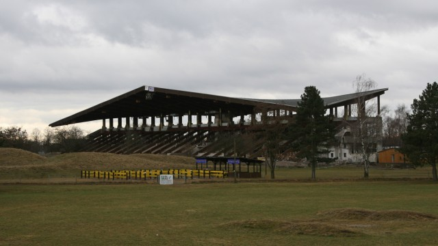 Abriß des Riemer Olympia-Reitstadions, 2008