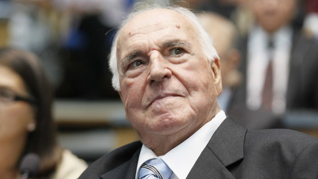 Former German Chancellor Kohl is seen in the former lower house of parliament Bundestag in Bonn