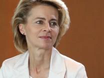 Stößt mit ihren Plänen für die Zuschussrente auf Ablehnung: Arbeitsministerin Ursula von der Leyen (CDU)