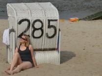 Sonnenbaden am Strandkorb
