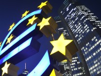 Staatsrechtler nennt EZB-Beschluss 'skandaloes' und grundgesetzwidrig