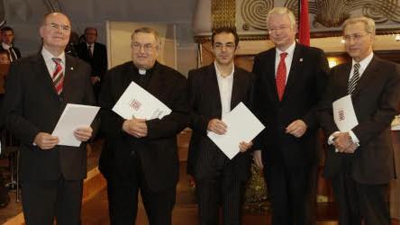 Roland Koch, Navid Kermani, Hessischer Kulturpreis; ddp