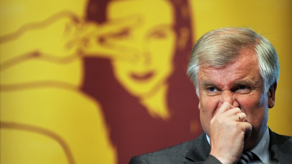Seehofer gegen gesetzliche Frauenquote in Unternehmen