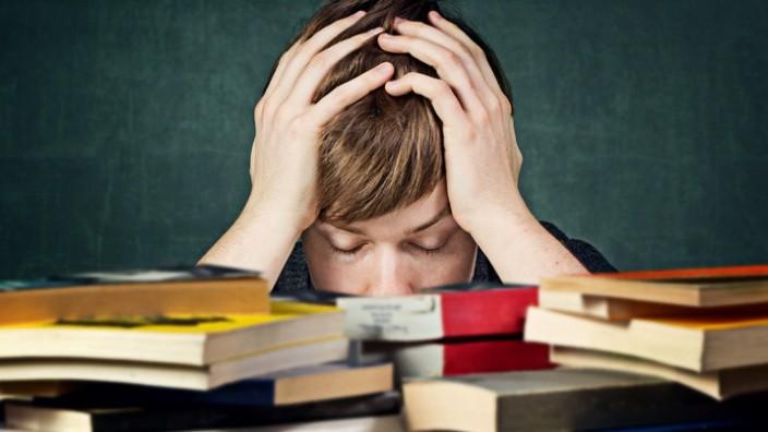 Grundschule Hausaufgaben Tipps Kind Erziehung Probleme Schularbeiten Jugendliche Schüler
