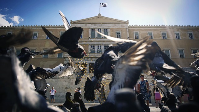 Kommission: Griechenland-Zeugnis der Troika koennte erst im Oktober fertig werden