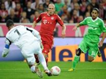 FC Bayern Muenchen - VfL Wolfsburg