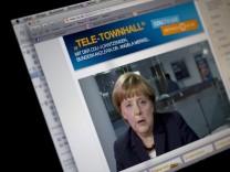 Interaktive Telefonkonferenz der CDU Bundeskanzlerin Merkel