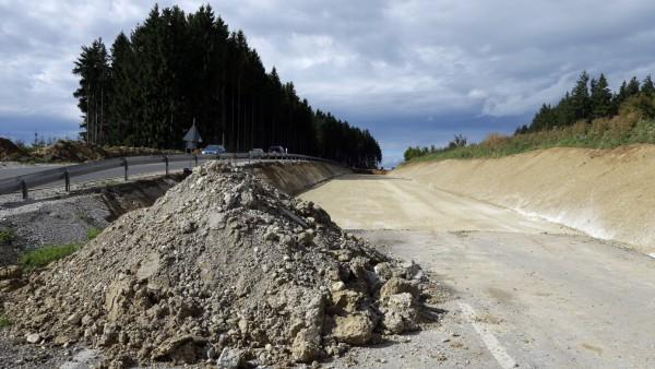 Bruck: Ausbau Bundesstrasse B2 / Baustelle am Hoflacher Berg