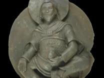 Von Nazis entdeckte buddhistische Statue wurde aus einem Meteoriten hergestellt.