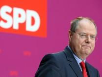 SPD Confirms Steinbrueck As Chancellor Candidate