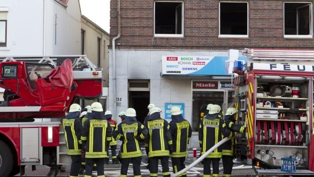 Feuer Bremen bremen mehr als 30 verletzte bei feuer mutmaßlicher brandstifter