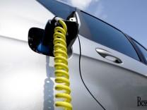 Elektromobilität, Autogipfel, Elektroauto, Automobilwirtschaft