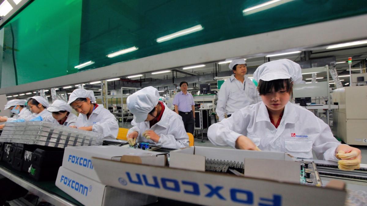 streiks bei chinesischem apple zulieferer foxconn mitarbeiter protestieren gegen druck bei. Black Bedroom Furniture Sets. Home Design Ideas
