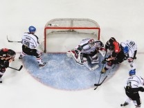 Hannover Scorpions v Augsburger Panther - DEL