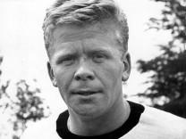 Helmut Haller ist tot Vizw-Weltmeister 1966 Fußball