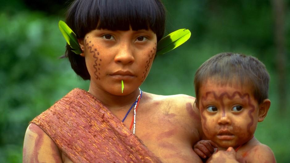 Yanomami-Mutter mit Kind, 1997