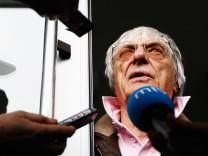 Formel-1-Chef Bernie Ecclestone steht unter Druck