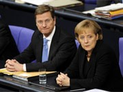 Guido Westerwelle, Angela Merkel, dpa