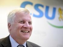 CSU kann wieder von der Alleinherrschaft in Bayern traeumen