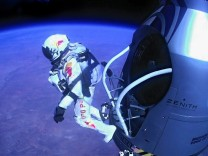 Red Bull Final Manned Flight in New Mexico,