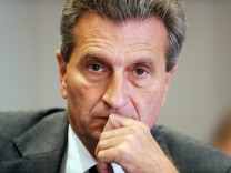 Günther Oettinger - Diskussion über Energiepreis