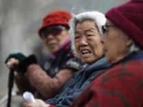 Die Menschen werden heute älter als früher. Sehr viel älter.