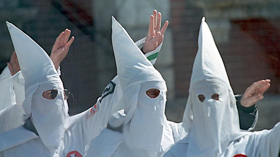 Ku-Klux-Klan Ku-Klux-Klan-Affäre der Polizei