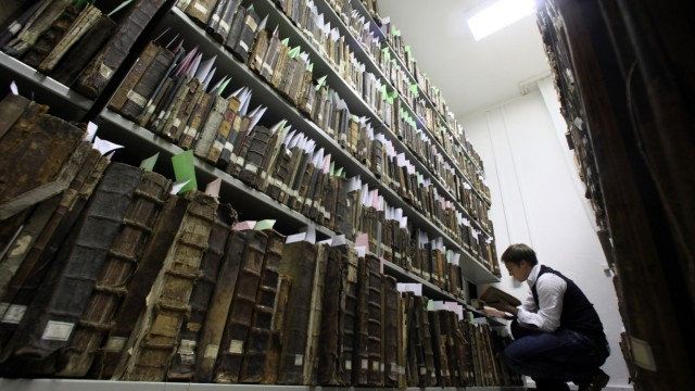 Mainzer Forscher rettet bedeutende jüdische Gemeindebibliothek