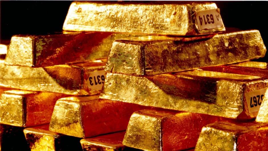 Lockere Geldpolitik treibt Gold auf Sechs-Monats-Hoch