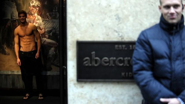 Abercrombie and Fitch eroeffnet erste Deutschlandfiliale