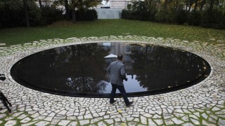 Denkmal Sinti Roma Berlin Nazis