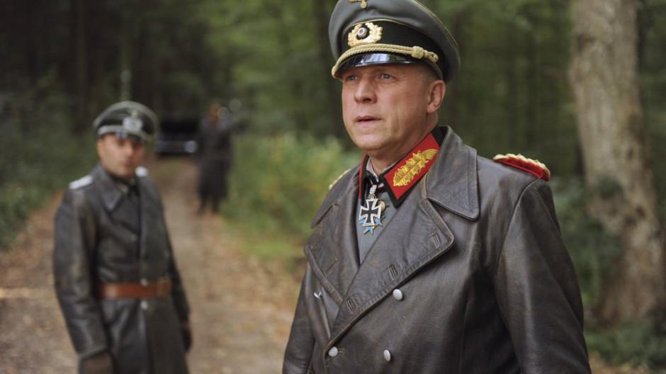 "Generalfeldmarschall Erwin Rommel im ARD-Film ""Rommel"""
