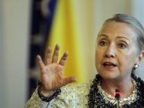 Hillary Clinton Sarajevo Kosovo Pristina