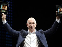Amazon CEO Jeff Bezos introduces new Kindle tablet products