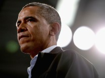 Obama Campaigns Throughout Ohio Four Days Before Election