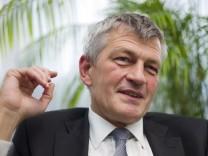 Bernd Huber, Präsident der Ludwig-Maximilians-Universität (LMU) München, fordert Ersatz von der Staatsregierung, wenn die Studiengebühren in Bayern wegfallen sollten.