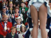 Merkel Receives Carnival Couples
