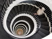 Treppe statt Fahrstuhl: Bewegung verlängert das Leben