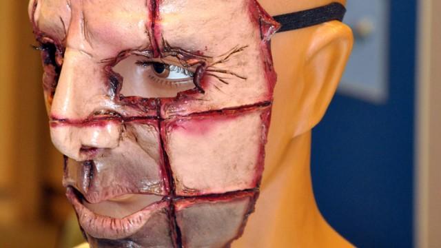 Prozess um Mord mit Horrormaske