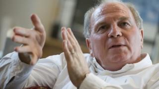 Spritziger Uli Hoeneß zum Prosecco - Bayern Präsident kündigt dritten Gesellschafter an