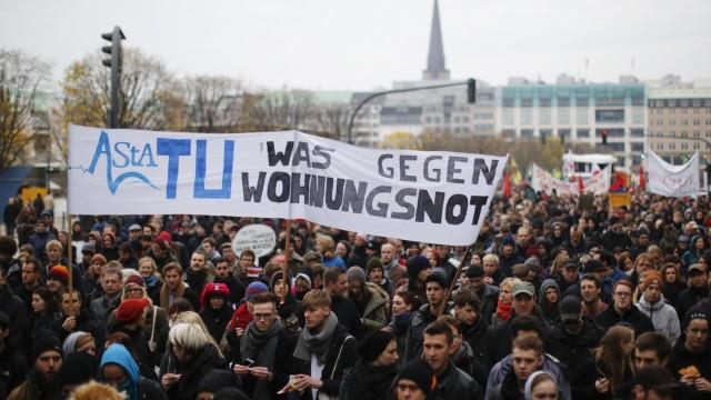 Demonstration gegen hohe Mieten in Hamburg