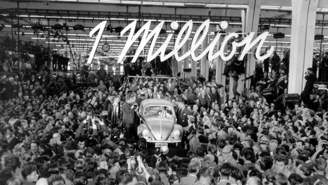 60 Jahre Bundesrepublik - Millionste VW-Käfer läuft vom Band
