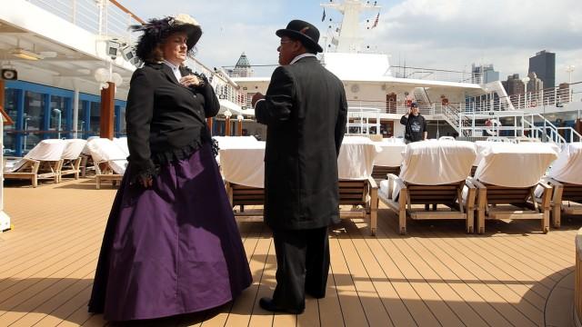 Kreuzfahrt Kreuzfahrtschiff Schiffsreise Dresscode