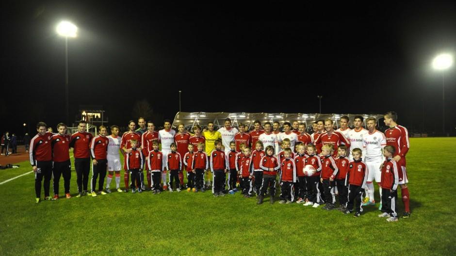 Fußball Markt Schwaben FC Bayern Derby mit Rekordmeister