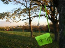 Fluoro Satchel in Grün