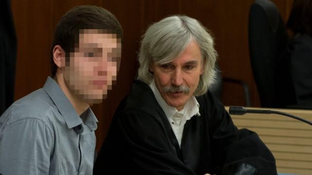 Prozess wegen versuchten Totschlags an fuenf Polizisten